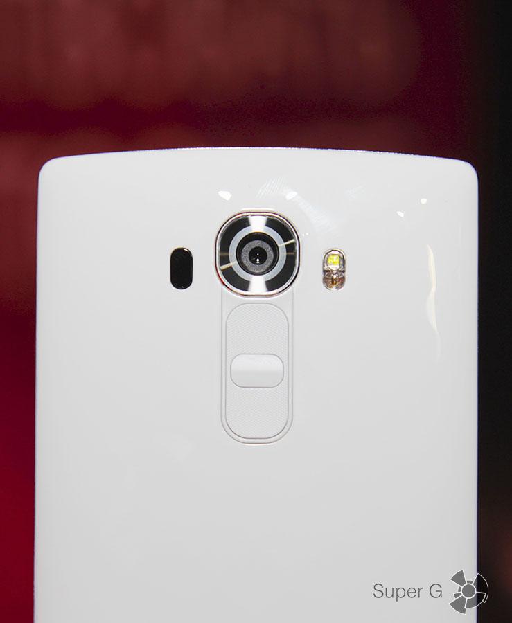 Белый LG G4