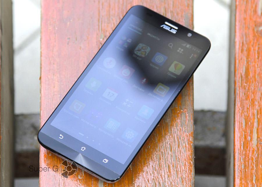 Смартфон Asus Zenfone 2 ZE551ML