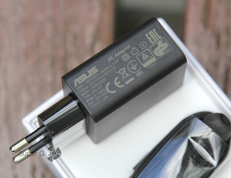 Зарядное устройство для Asus Zenfone 2 ZE551ML