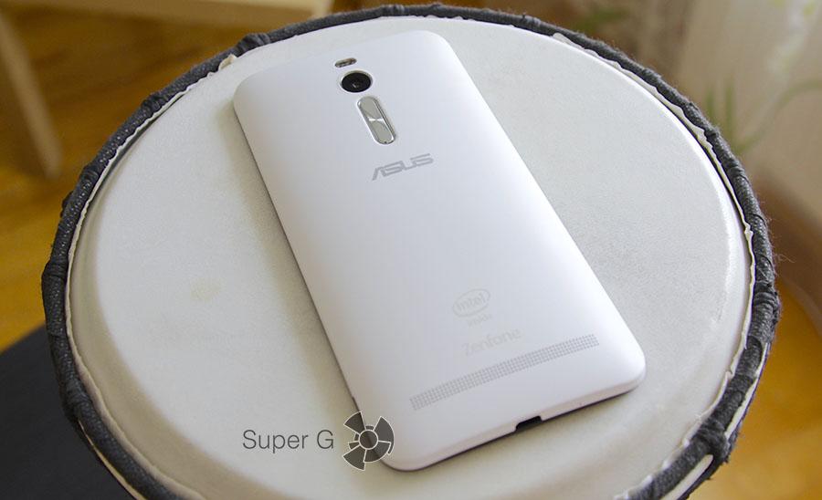 Задняя крышка Asus Zenfone 2 ZE550ML