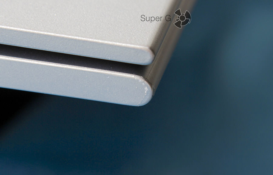 Покрытие Soft-Touch обтирается Dell Inspiron 13 7347