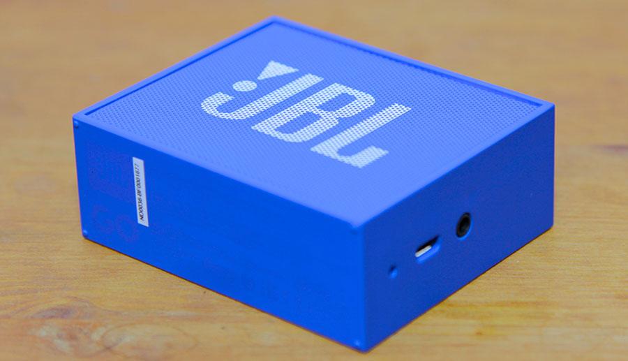 Металлическая сетка, прикрывающая динамик JBL GO