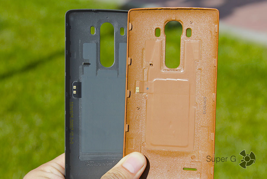 Задние крышки LG G3 (темная) и G4 (рыжая)