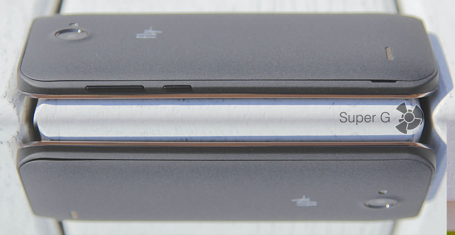 Боковые стороны смартфона Fly Nimbus 4 FS551