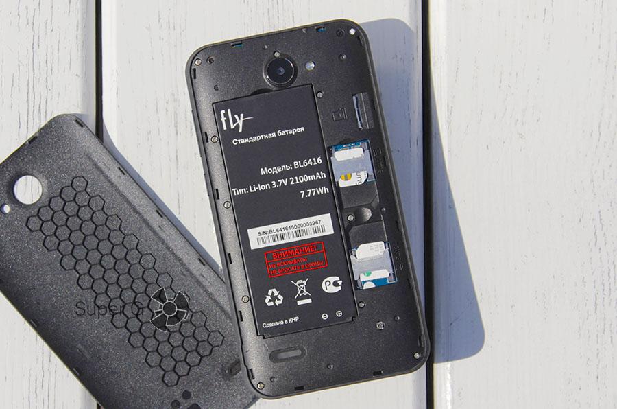 Слоты для установки SIM-карт в Слоты для установки SIM-карт в Fly Nimbus 4