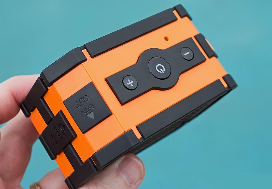 Mpow Armor Bluetooth Speaker кнопки