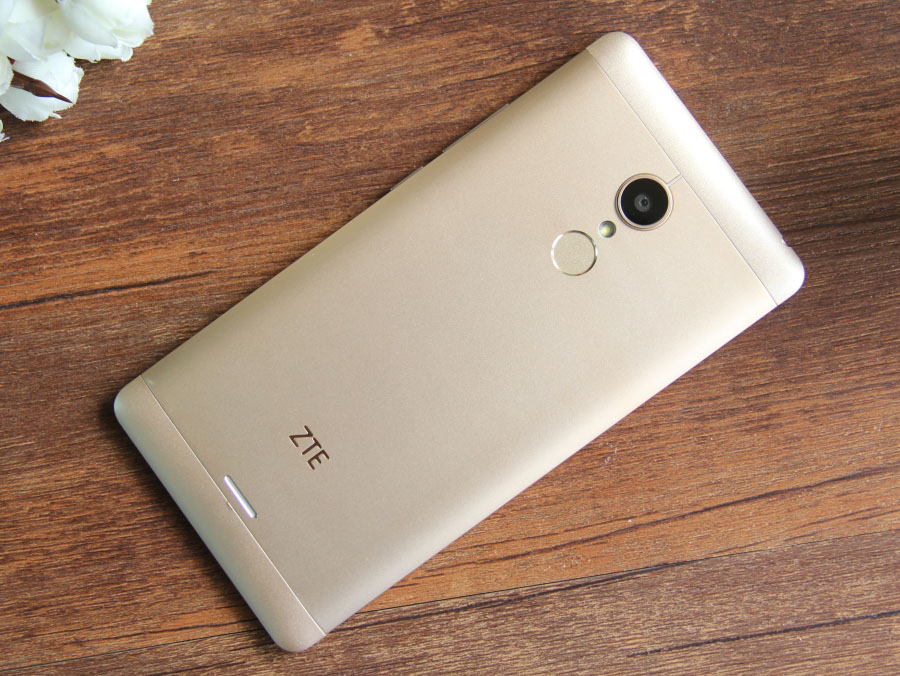 Характеристики, дата выхода, цена смартфона ZTE V5 3