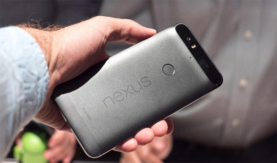 Черный смартфон Google Nexus 6P от Huawei