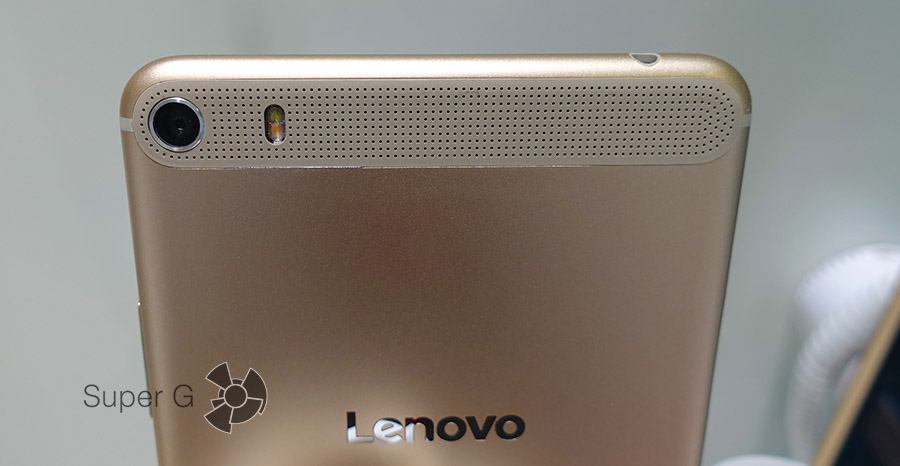 Камера планшета Lenovo PHAB Plus