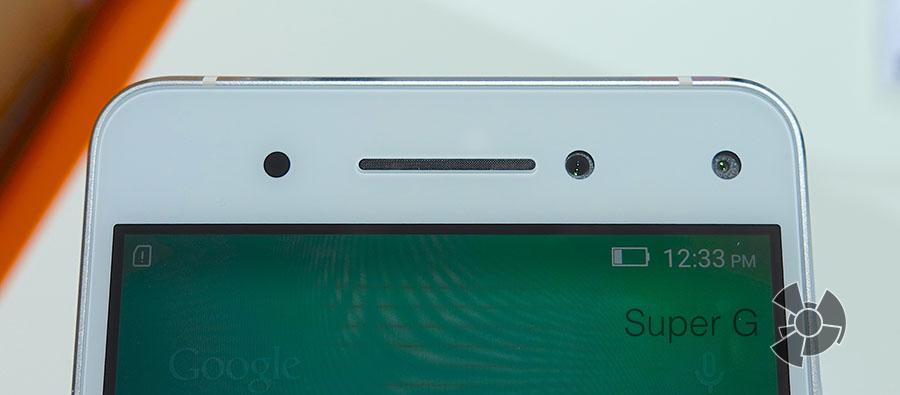Две фронтальные камеры Lenovo VIBE S1