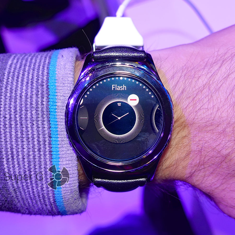 Выбор циферблата на Samsung Gear S2