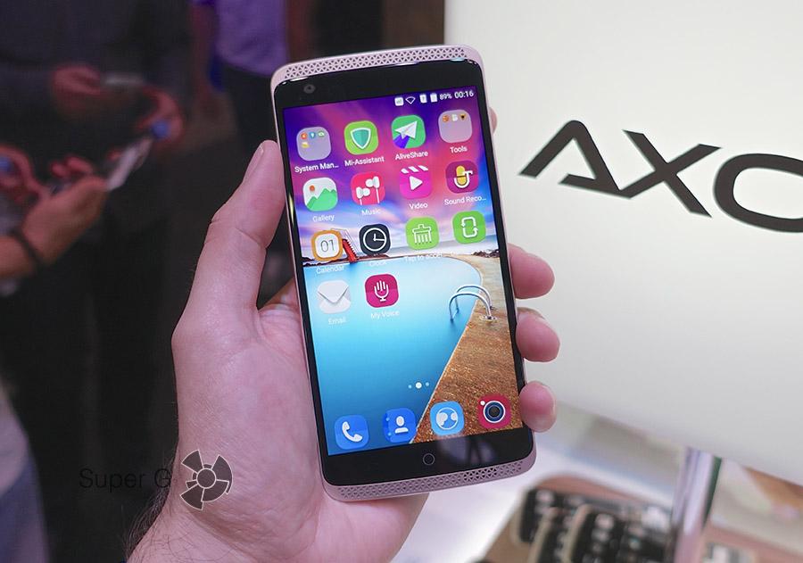 Дисплей или экран в смартфоне ZTE AXON Elite