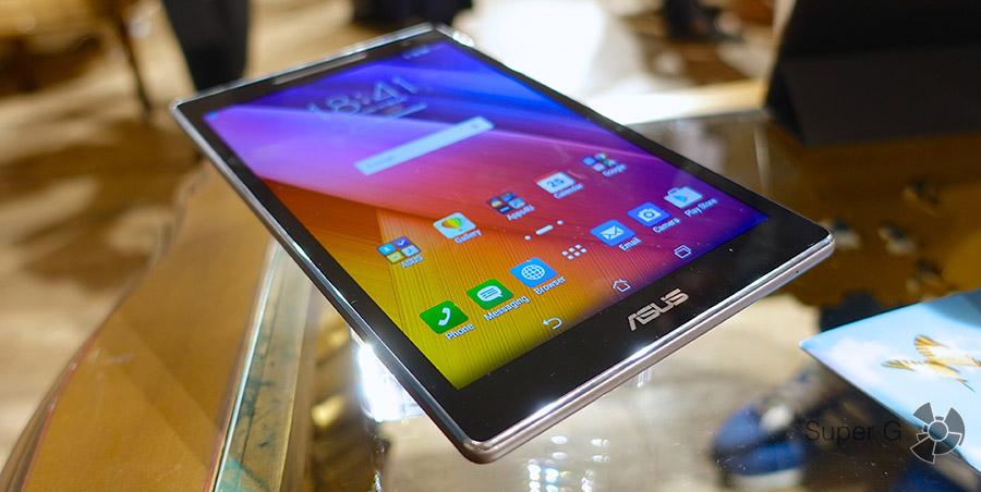 Черный планшет ZenPad 8.0