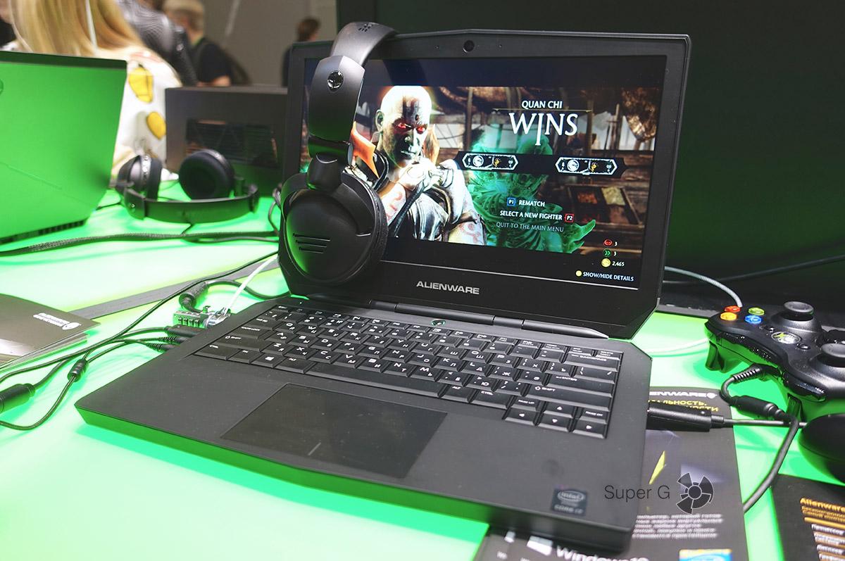 Портативный ноутбук Dell Alienware 13 для игр