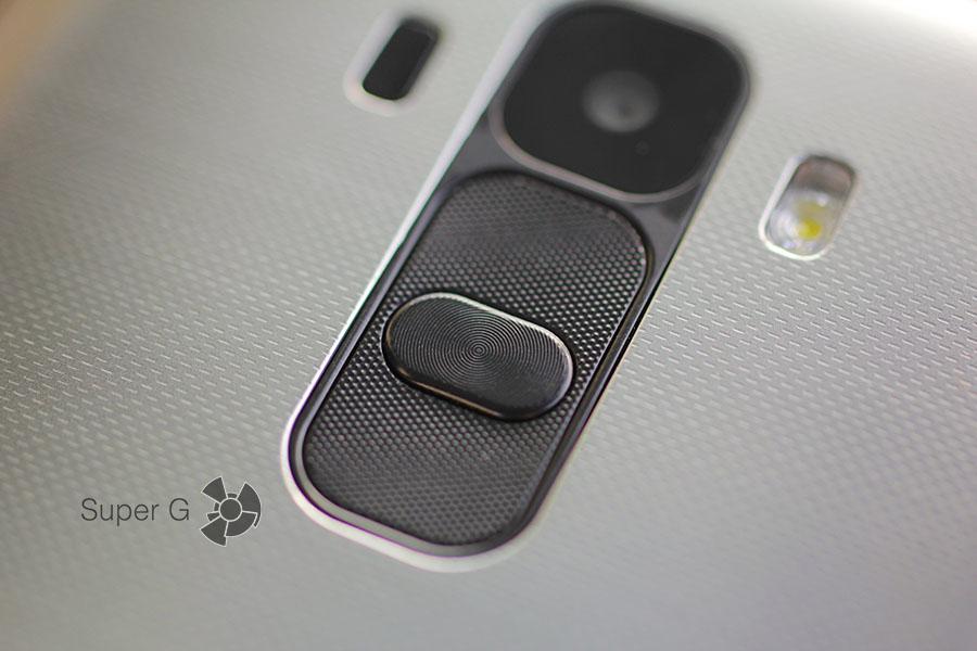 Кнопки управления в LG G4 Stylus