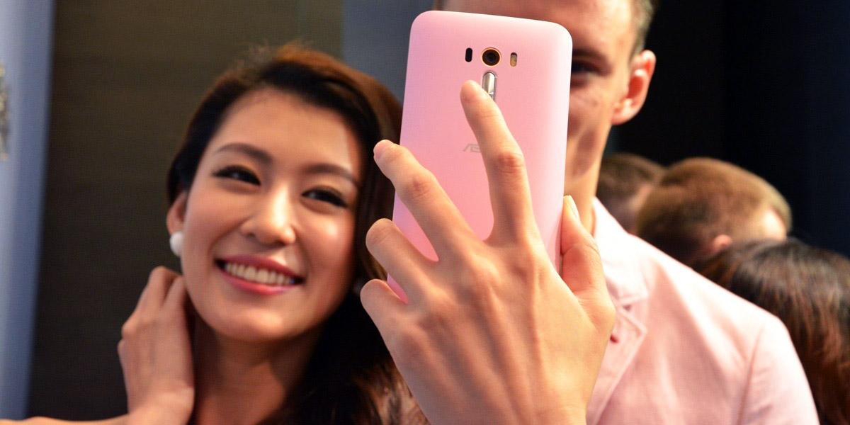 Asus Zenfone Selfie - смартфон с 13 мегапиксельной камерой