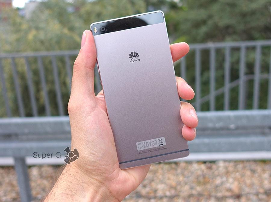 Задняя металлическая поверхность Huawei P8