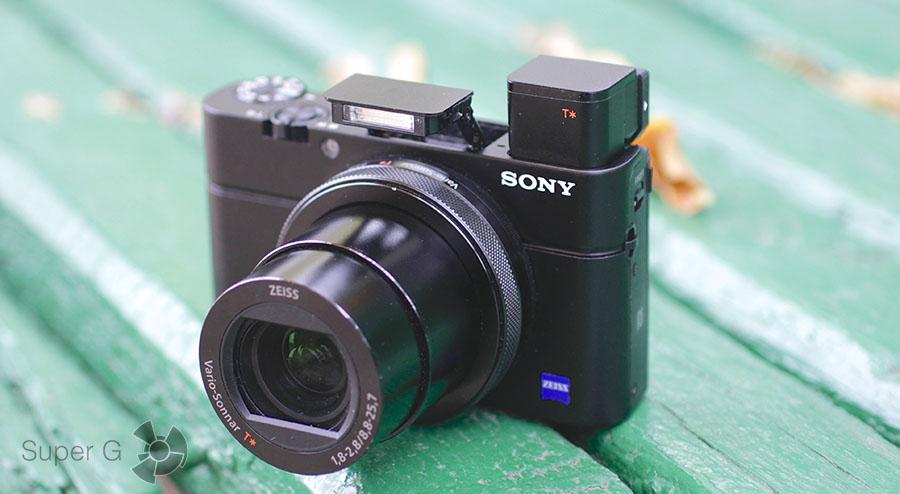 фотокамера Sony RX100M4