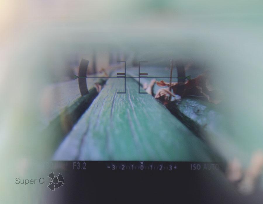 Кое-что все-таки видно OLED-видоискатель в камере Sony RX100M4