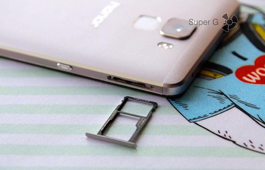 Лоток под SIM-карты Honor 7
