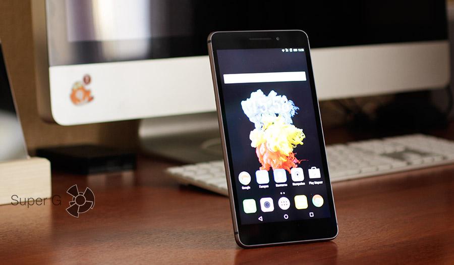 Огромный смартфон с большим экраном