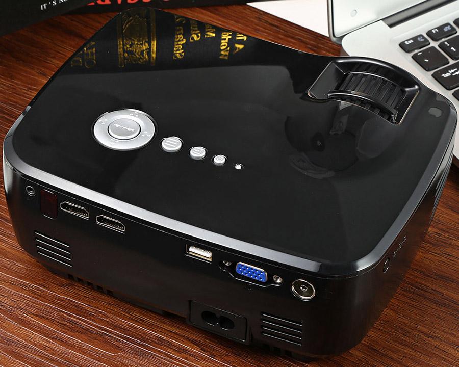 Проектор EMP GP70 и разъемы