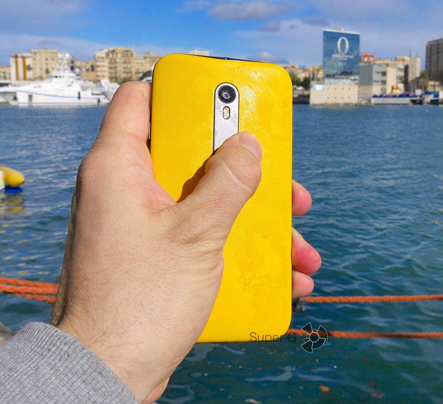 Защита от воды по стандарту IPx7 Moto G