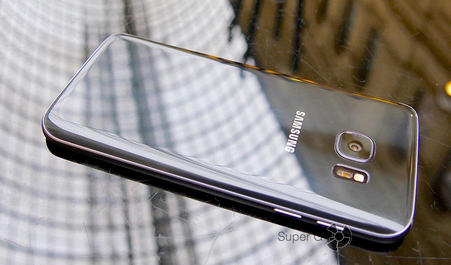 Глянцевый Samsung Galaxy S7