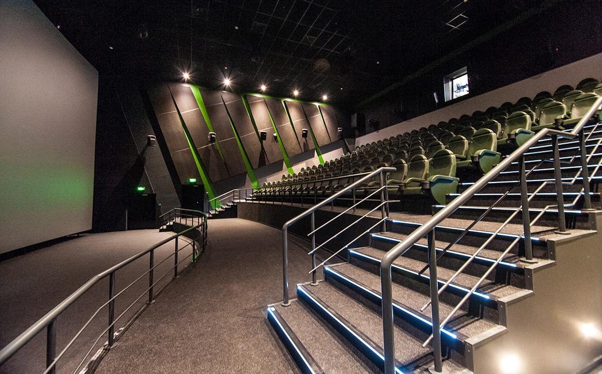 Кинотеатр Формула Кино на Лубянке с поддержкой Dolby Atmos