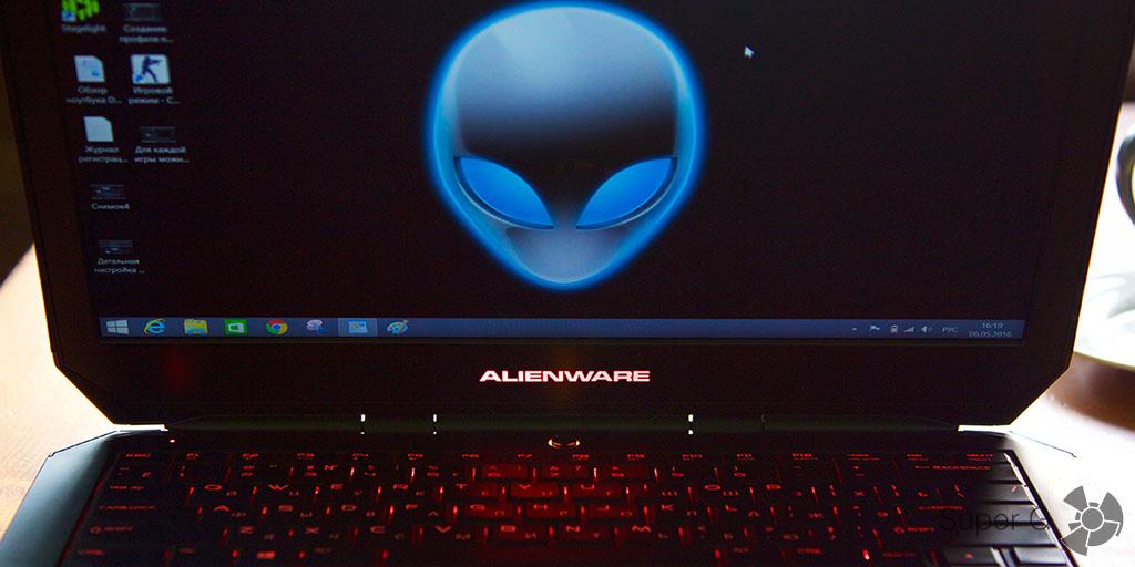 Подсветка клавиатуры может меняться Dell Alienware 13