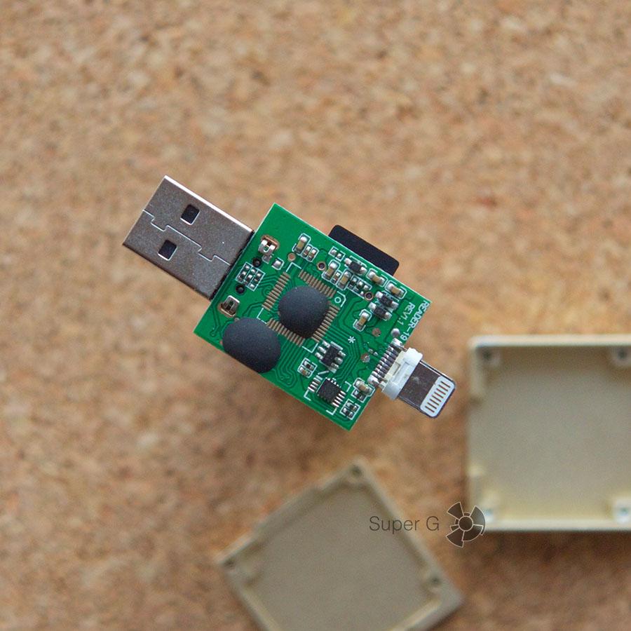 Как заменить карту памяти внутри i-Flash Drive
