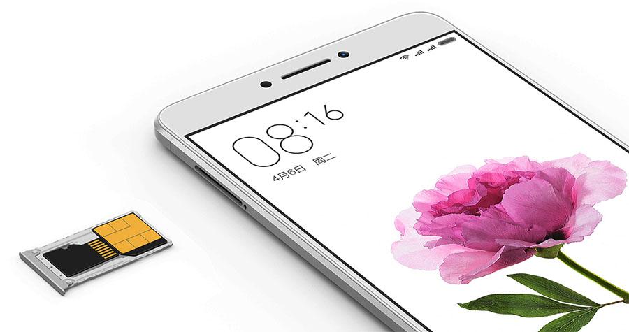 Xiaomi Mi Max гибритдный слот под SIM-карты и карту памяти Micro SD
