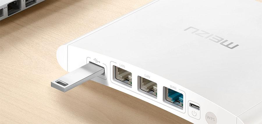 Роутер Meizu оснащен USB-портом для подключения флешек и HDD