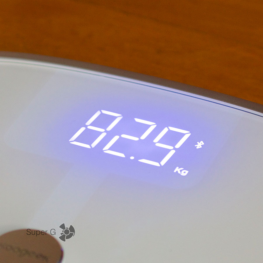 Koogeek Smart Health Scale умеет синхронизироваться и по Bluetooth