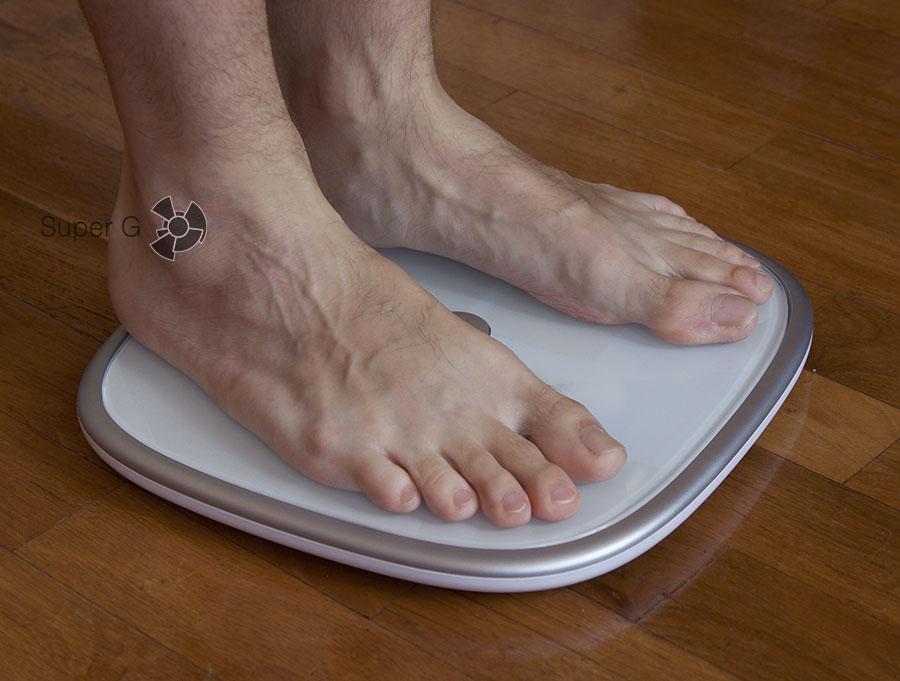 Взвешиваться на Koogeek Smart Health Scale лучше босыми ногами