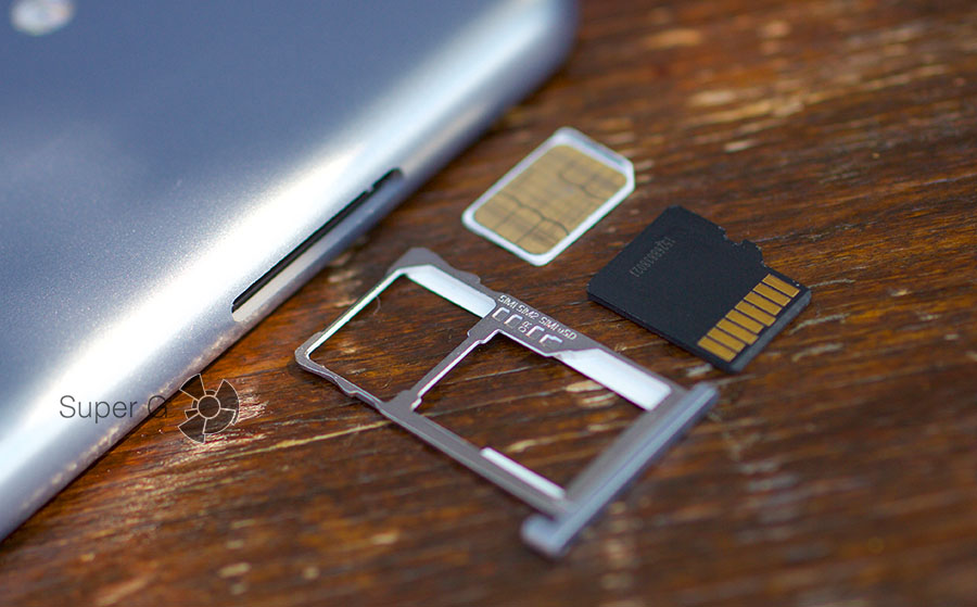 Meizu M3 mini поддерживает работу с двумя Nano SIM-картами