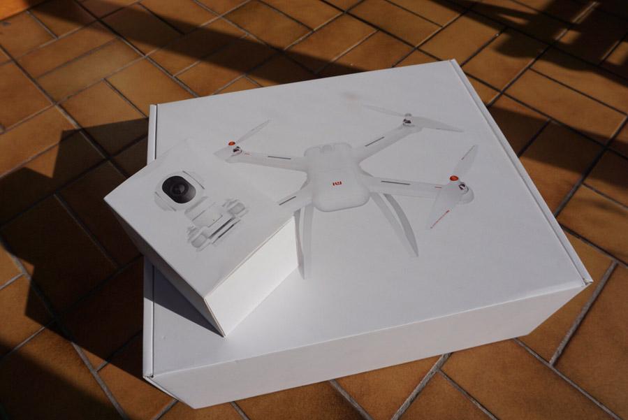 Распаковка Xiaomi Mi Drone