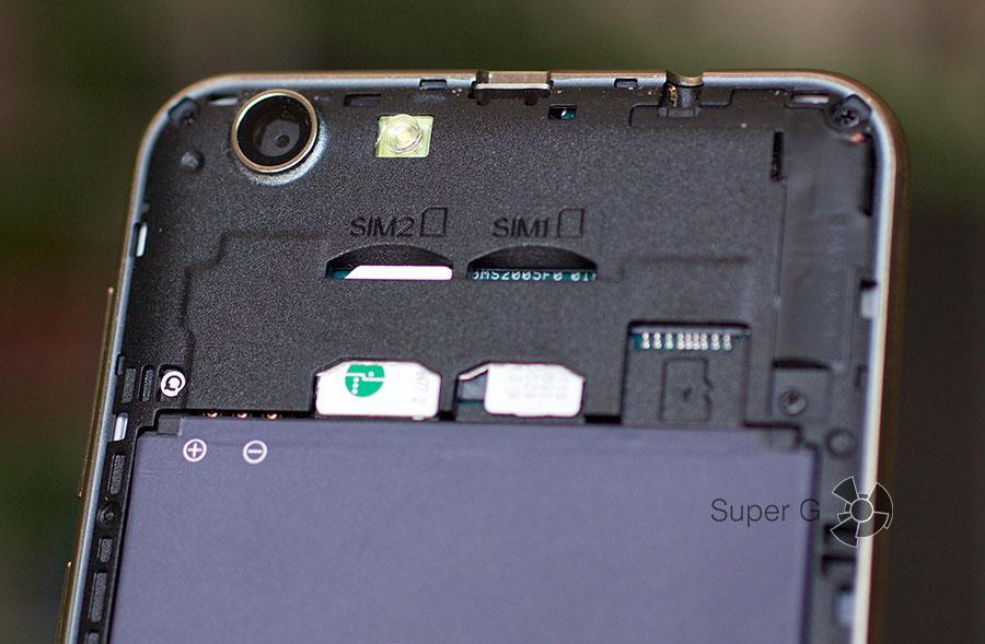 Cubot Dinosaur поддерживает работу двух SIM-карт (Micro)