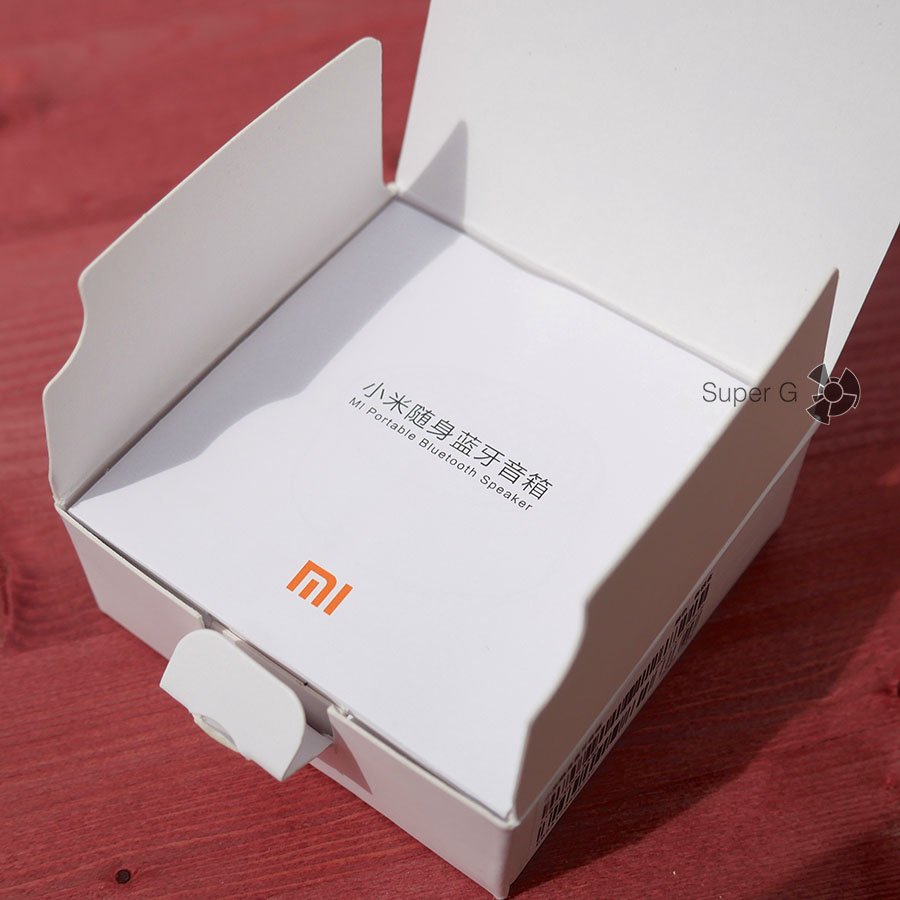 Распаковка Xiaomi Mi Portable Bluetooth Speaker
