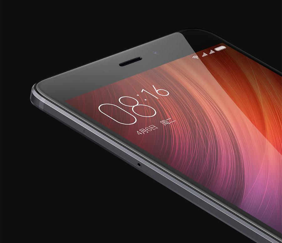 Защитное стекло 2.5D в Xiaomi Redmi Note 4