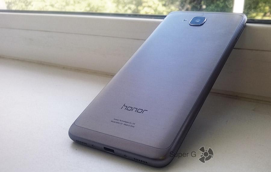 Цена смартфона Huawei Honor 5C