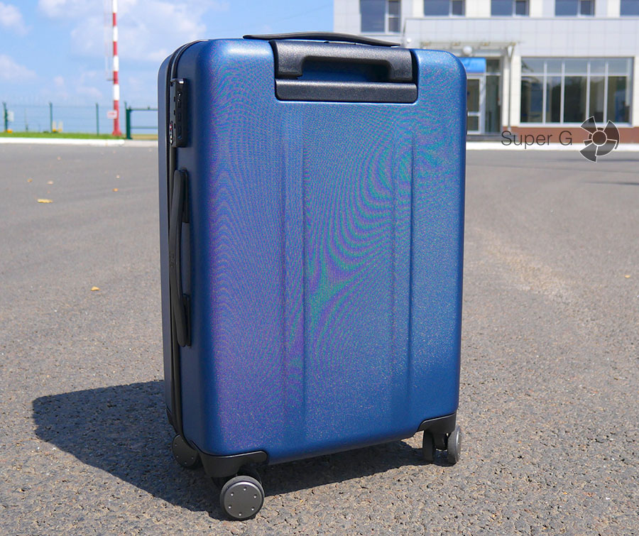 Задняя сторона Xiaomi 90 Minutes Suitcase