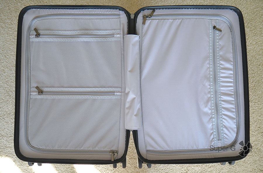 Xiaomi 90 Minutes Suitcase раскладывается на две части