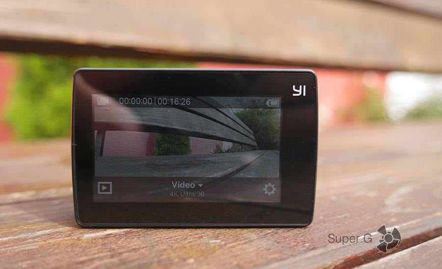 Дисплей экшн-камеры Yi 4K Action Camera