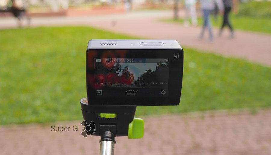 Дисплей Yi 4K Action Camera на солнце
