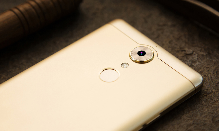 Leagoo T1 - основная камера и сканер отпечатков пальцев