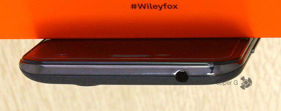 Wileyfox Spark - аудиовыход для наушников