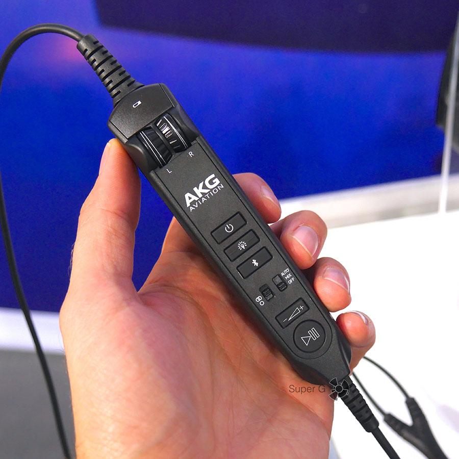 Пульт управления AKG AV100