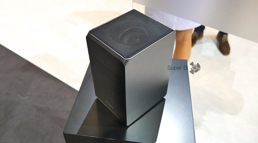 Задние сателлиты Samsung HW-K950