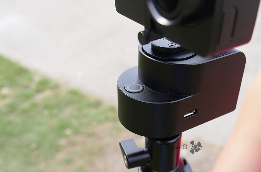 Yi Handheld Gimbal имеет одну единственную кнопку